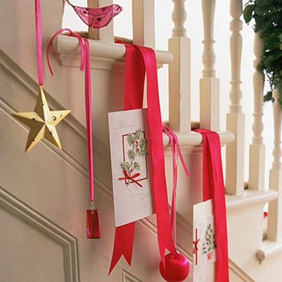16 ý tưởng trang trí cầu thang đón Giáng Sinh dành cho mọi nhà - Ảnh 11.