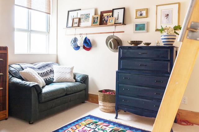 Ngôi nhà mới tận dụng nội thất cũ khéo léo - Ảnh 7.