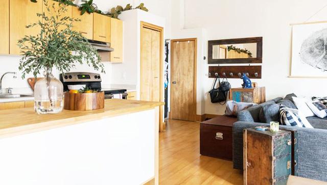 Ngôi nhà mới tận dụng nội thất cũ khéo léo - Ảnh 10.